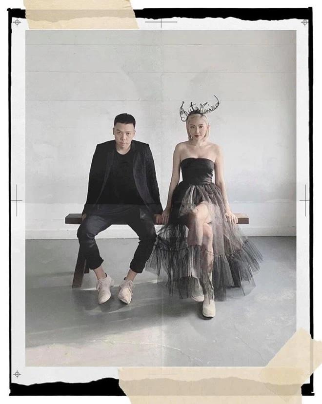Hoàng Touliver chụp ảnh cho vợ cực nghệ dù đứng trước Tóc Tiên body ngồn ngộn-9