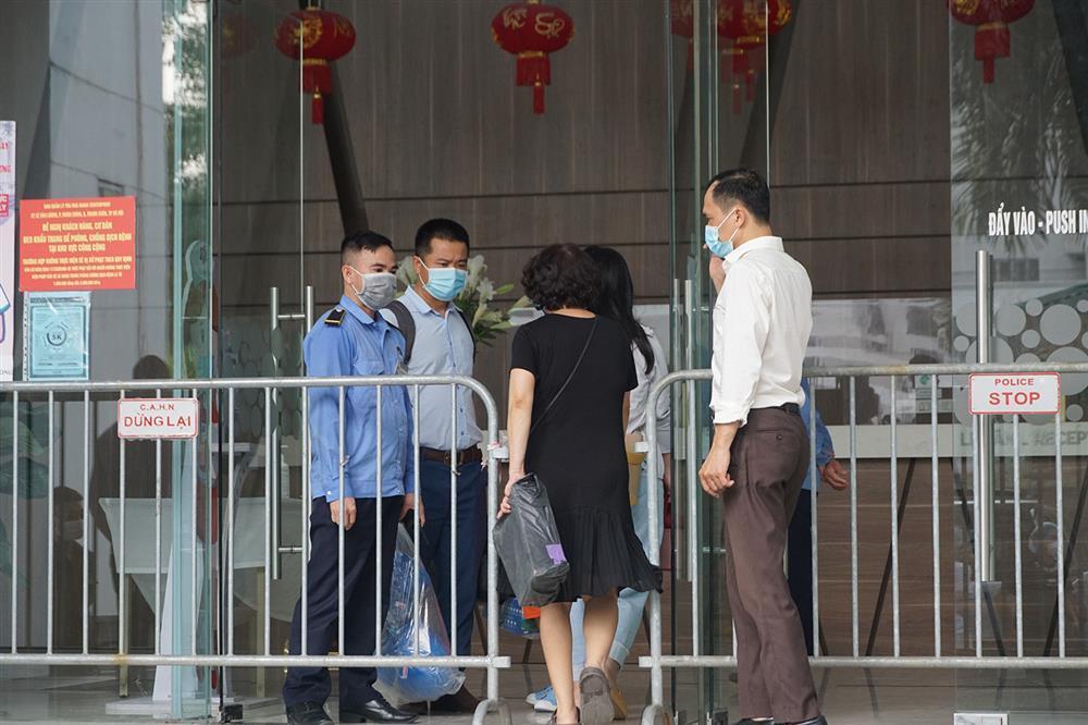 Hà Nội: Phong tỏa khu dân cư phố Lê Văn Lương và Nguyễn Lương Bằng-9
