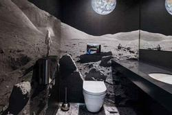 Nhà vệ sinh 'ngoài hành tinh' phiêu diêu nhưng thách tiền không ai dám... cởi quần chỉ vì 1 lý do