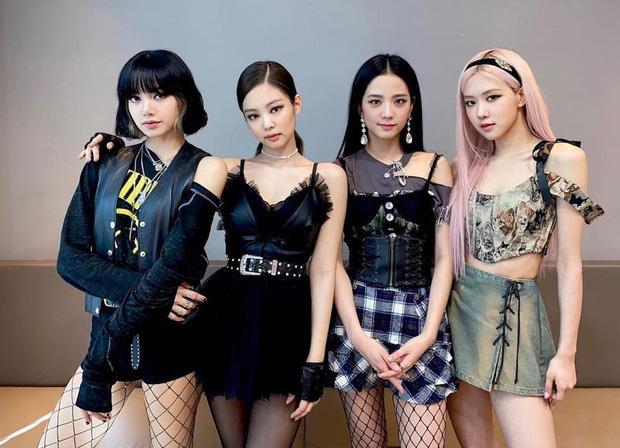 Lisa bị lùi thời gian debut solo, BLACKPINK comeback cùng concert cuối năm?-1
