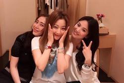 Kim Hee Sun gửi quà ủng hộ Song Hye Kyo