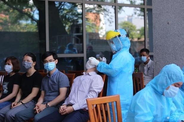 Thêm 10 ca dương tính SARS-CoV-2 mới, Đà Nẵng đạt kỷ lục xét nghiệm thần tốc-1