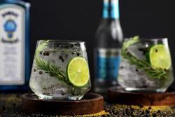 Rượu Gin được sản xuất như thế nào?
