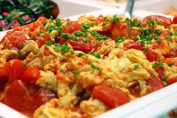 Trứng rán sốt cà chua