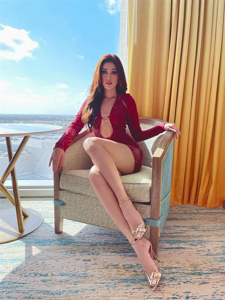 Khánh Vân có gì trên đường đua đến vương miện Miss Universe?-2