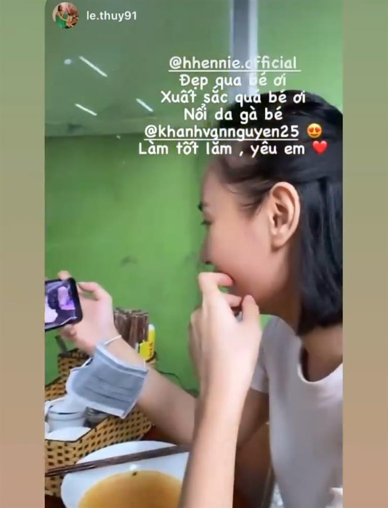Sao Việt nổi da gà khi xem Khánh Vân thi quốc phục Miss Universe 2020-13