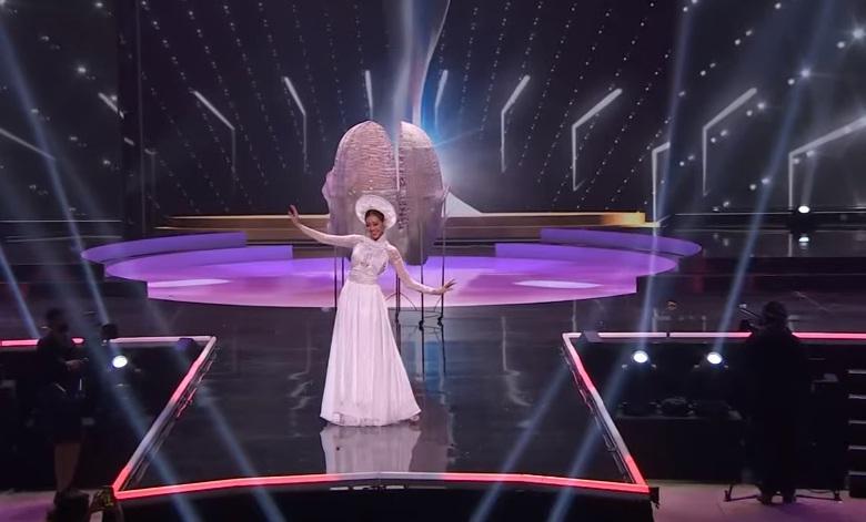 Sao Việt nổi da gà khi xem Khánh Vân thi quốc phục Miss Universe 2020-6