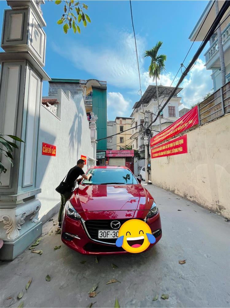 Tranh cãi vợ chồng MC Hoàng Linh hồn nhiên lau chùi xe nơi chốn tâm linh-2