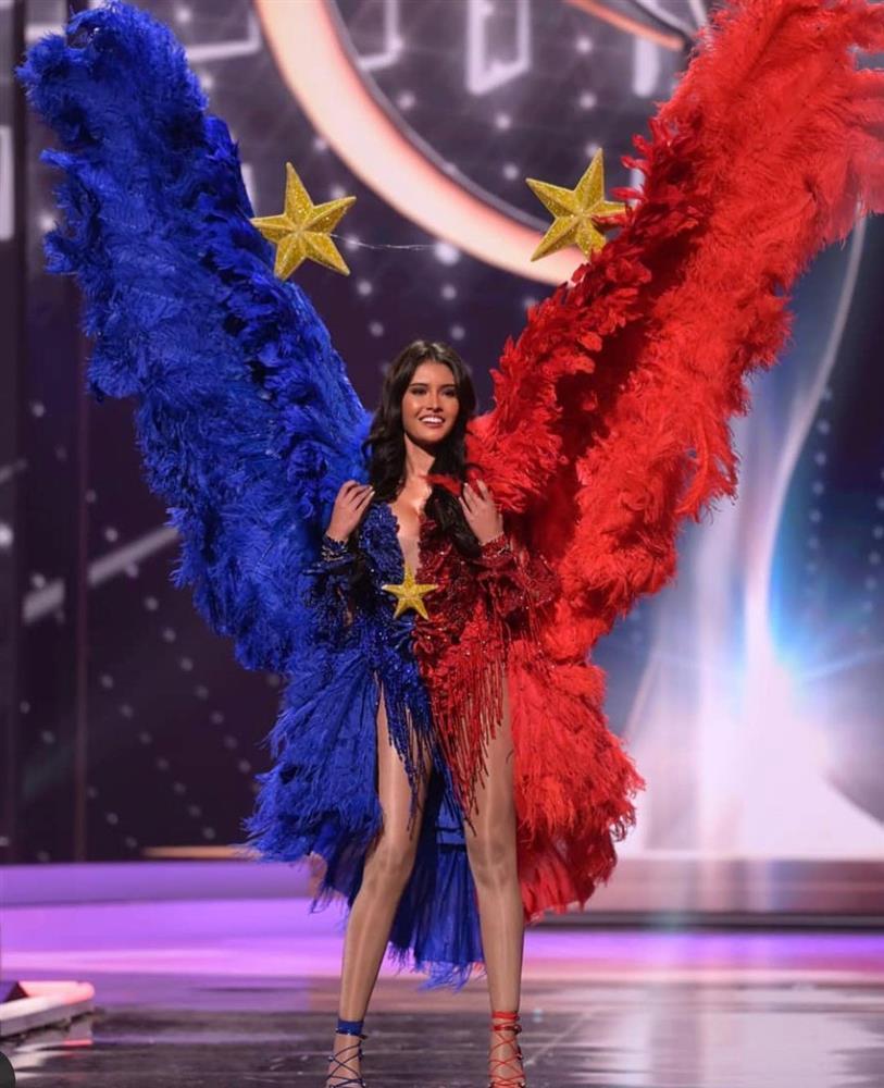 Miss Universe Catriona Gray bị chỉ trích vì loại thẳng quốc phục Philippines-4