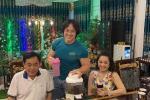 Vợ ông Dũng Lò Vôi tặng 2 cuốn sách dạy làm người cho con nuôi Hoài Linh-5