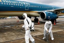 Truy vết 69 hành khách chuyến bay VN1559: Có người cúp máy, có người chửi luôn