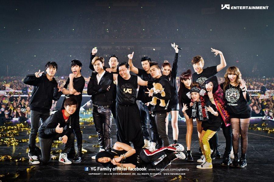 Fan xót xa nhìn lại bức ảnh YG Family năm nào giờ chỉ còn mỗi BIGBANG-2
