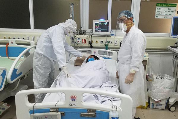 14 bệnh nhân Covid-19 tiên lượng rất nặng, 1 ca nguy cơ tử vong-1
