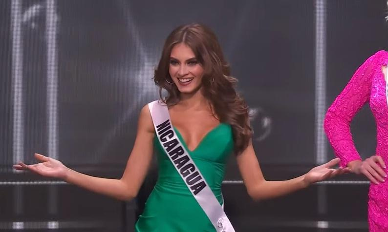 Khánh Vân thi bán kết Miss Universe 2020: Bikini gợi cảm, dạ hội xuất thần-10