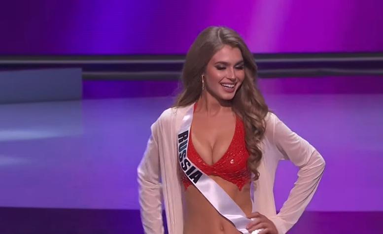 Khánh Vân thi bán kết Miss Universe 2020: Bikini gợi cảm, dạ hội xuất thần-26