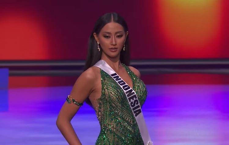 Khánh Vân thi bán kết Miss Universe 2020: Bikini gợi cảm, dạ hội xuất thần-38