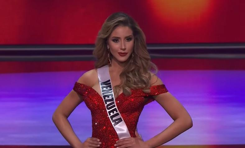 Khánh Vân thi bán kết Miss Universe 2020: Bikini gợi cảm, dạ hội xuất thần-48