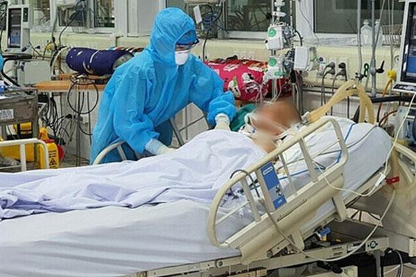 46 bệnh nhân COVID-19 tiên lượng nặng và rất nặng, 2 ca can thiệp ECMO-1