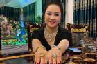 Vợ ông Dũng 'Lò Vôi' show 2 nhẫn kim cương to vật vã, chứng minh không 'nói phét'