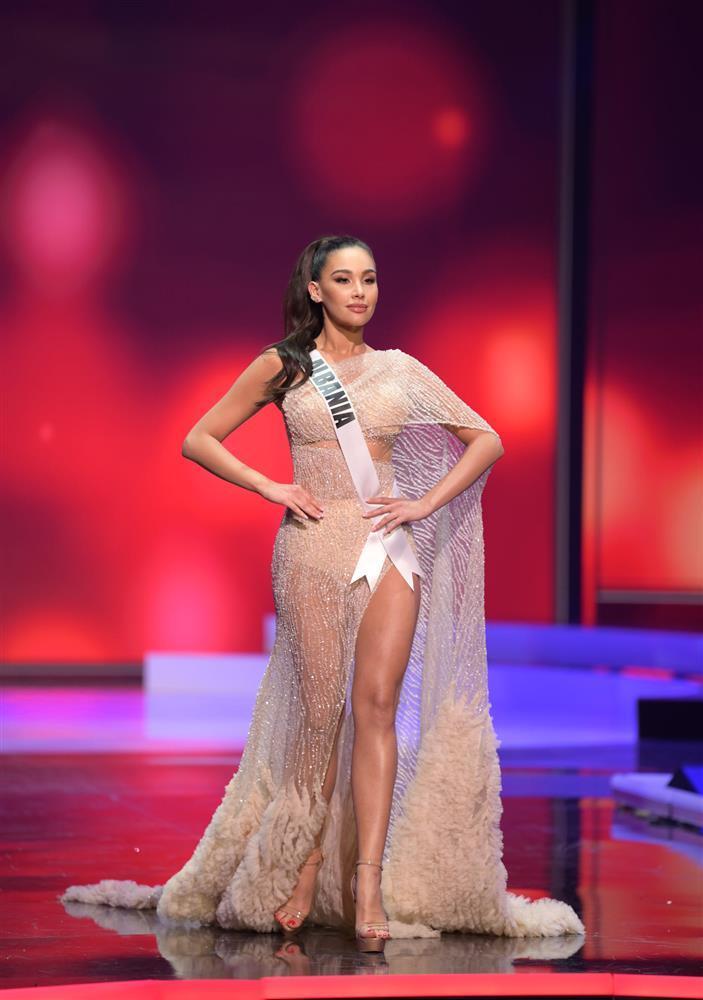 Thí sinh diện váy dạ hội lộ cả nội y ở bán kết Miss Universe-1