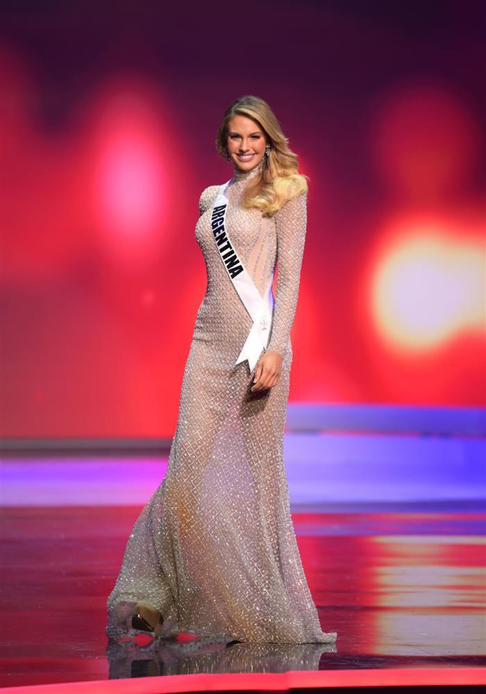Thí sinh diện váy dạ hội lộ cả nội y ở bán kết Miss Universe-5
