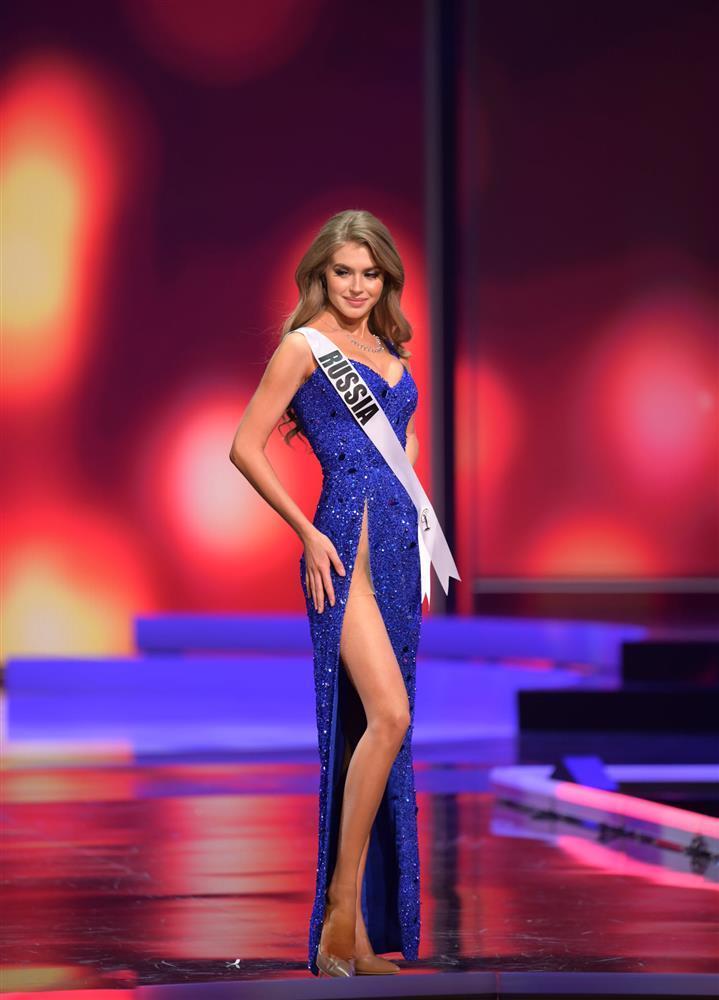 Thí sinh diện váy dạ hội lộ cả nội y ở bán kết Miss Universe-6