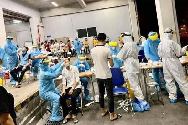 Thêm 159 ca Covid-19, Bộ Y tế về  Bắc Giang họp khẩn trong đêm-1