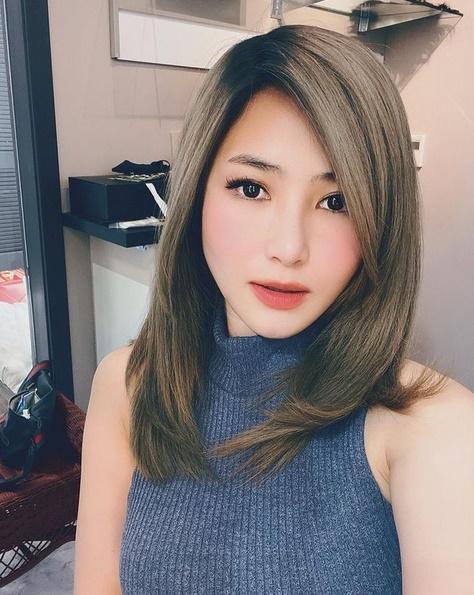 Hương Tràm chỉ đăng ảnh selfie, chân dung giữa nghi vấn bầu bí-4