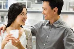 Dù là vợ chồng nhiều năm, có 4 điều phải nhớ 'sống để bụng, chết mang theo'