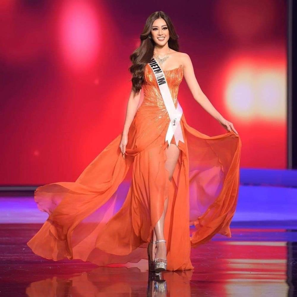 Mỹ nhân Việt thi bán kết Miss Universe: Váy ai đỉnh của chóp?-2