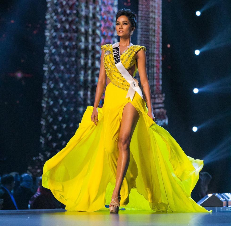 Mỹ nhân Việt thi bán kết Miss Universe: Váy ai đỉnh của chóp?-4