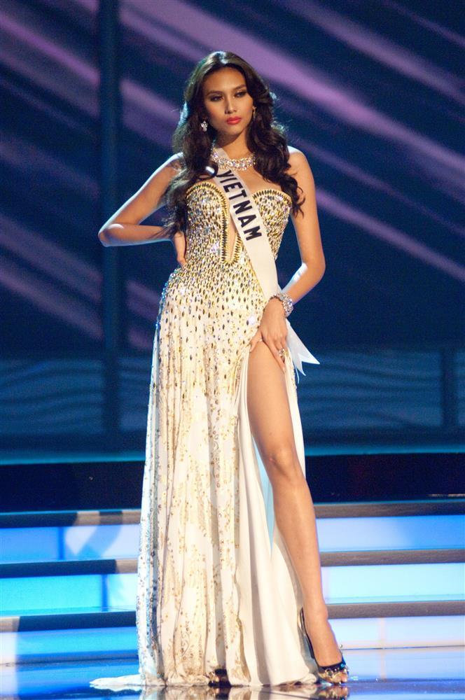 Mỹ nhân Việt thi bán kết Miss Universe: Váy ai đỉnh của chóp?-11
