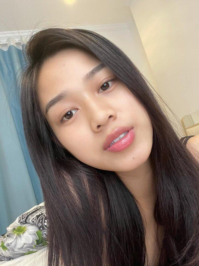 Hoa hậu Đỗ Thị Hà khoe mặt mộc vừa mới ngủ dậy, fan hết lời khen ngợi vì quá xinh đẹp-4