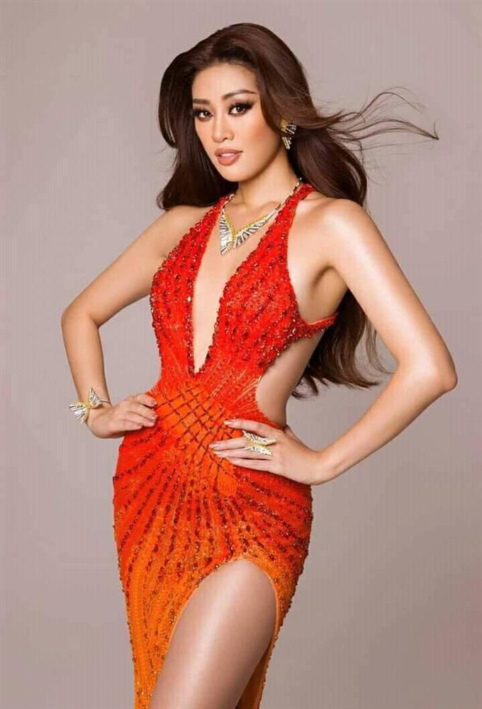 Điều thú vị về bộ đầm Khánh Vân mặc trong chung kết Miss Universe 2020-4