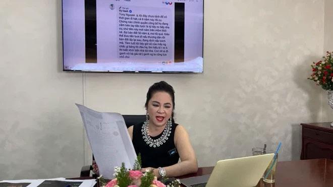 Facebook Vy Oanh bay màu sau màn rêu rao quá khứ của bà Phương Hằng-2
