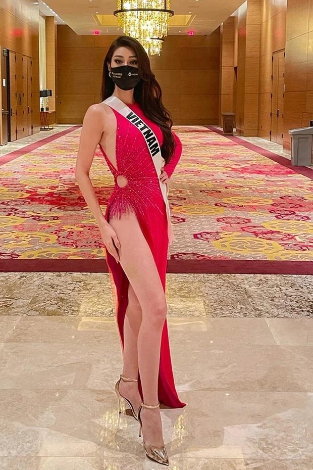 Chiến thuật nào giúp Khánh Vân rực sáng ở Miss Universe 2020?-10