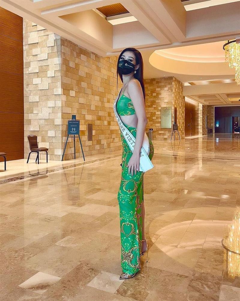 Chiến thuật nào giúp Khánh Vân rực sáng ở Miss Universe 2020?-4