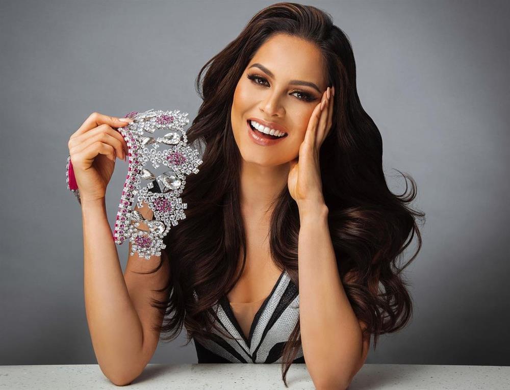 Tân Miss Universe Andrea Meza có đúng 7 tháng giữ vương miện-4