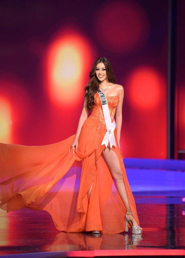 Khoảnh khắc cuối Khánh Vân zẩy đầm cùng hội chị em Miss Universe 2020-1