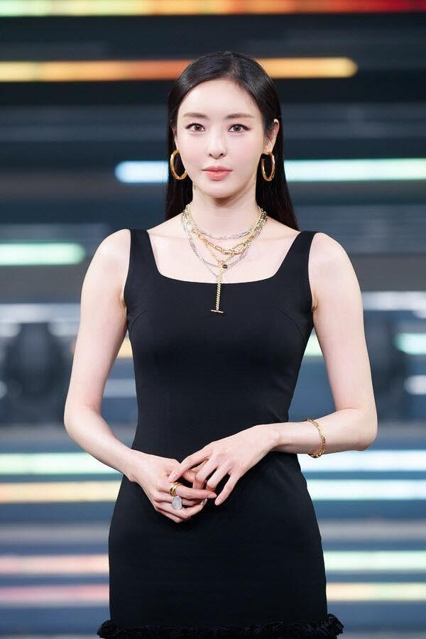 Seo Ye Ji mất vai Island, Lee Da Hee trở thành người thay thế-1