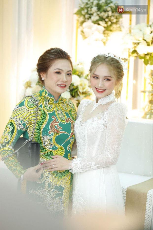 Cô dâu diện váy 28 tỷ chia sẻ bí quyết trẻ đẹp như gái Tây-4