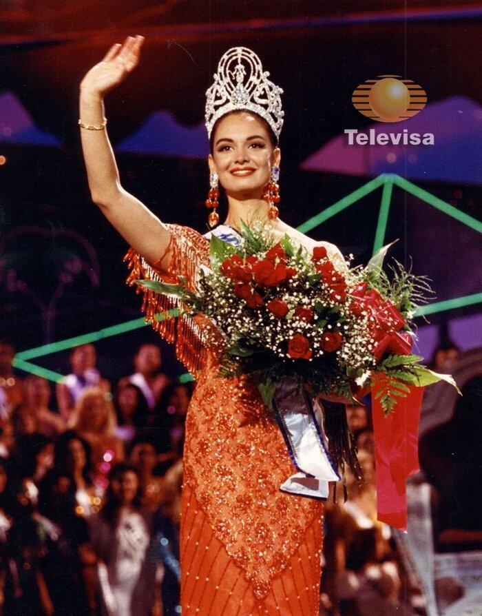 3 lần Mexico đăng quang Miss Universe: Andrea Meza kém sắc nhất-7