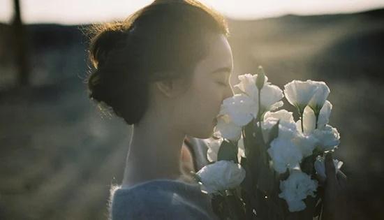 Phụ nữ sống là phải vì mình, bởi trên đời này làm gì có ai khóc thay cho bạn-2