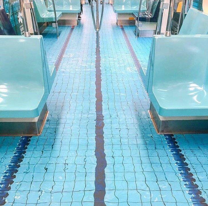 Những hình ảnh chứng minh tàu điện ngầm là nơi điều gì cũng có thể xảy ra-3