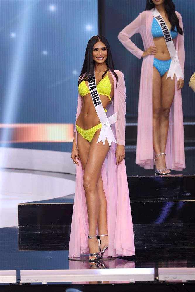 Đôi tình nhân gây xúc động tại chung kết Miss Universe 2020-3