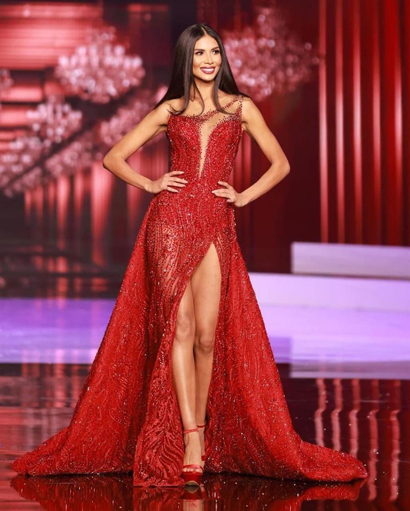 Đôi tình nhân gây xúc động tại chung kết Miss Universe 2020-9