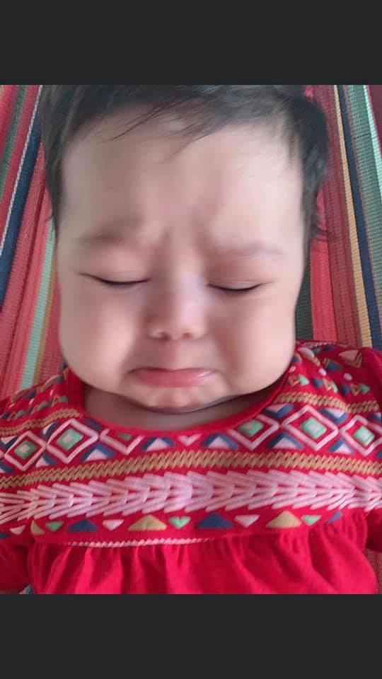 Muôn vàn biểu cảm 'cưng muốn xỉu' của các em bé khi đang say giấc nồng-10