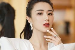 Nữ ca sĩ trở thành tỷ phú Trung Quốc