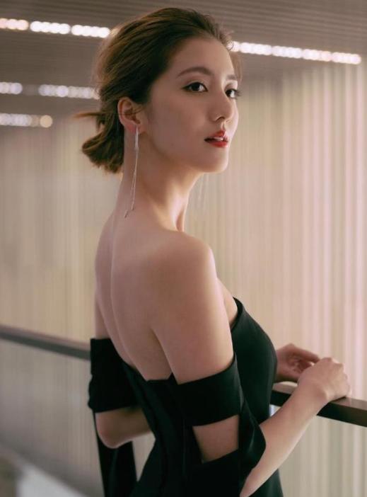Vợ Lâm Phong chịu áp lực vì tình cũ của chồng-6