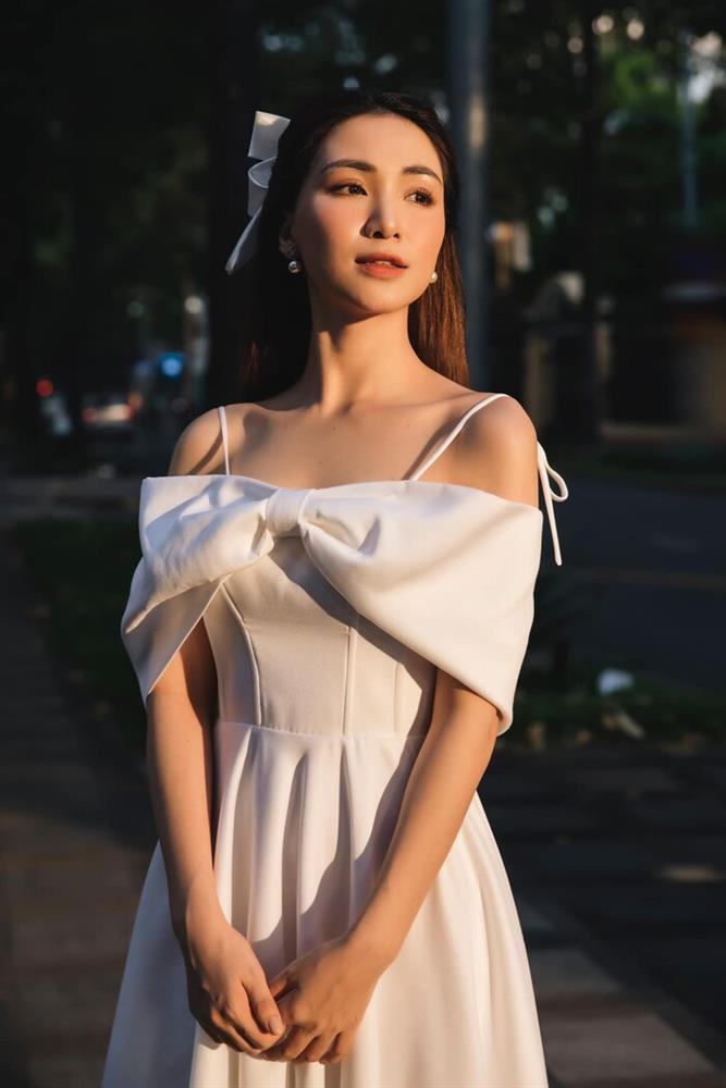 Hòa Minzy tham gia khẩu chiến khán giả nuôi nghệ sĩ nhưng lại xóa luôn trong nốt nhạc-3
